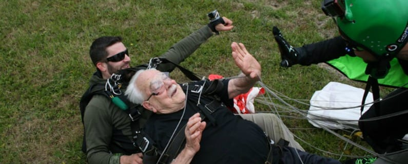 Frank and Bruce go Skydiving