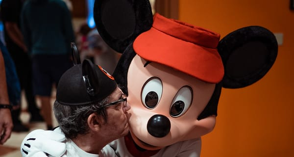 Frank Meets Mickey Mouse